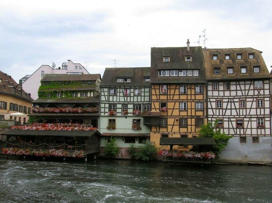 La Petite France : Houses next to the river