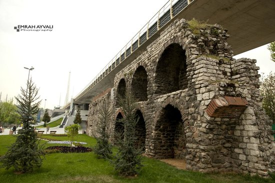 Historic Areas of Istanbul: City Walls