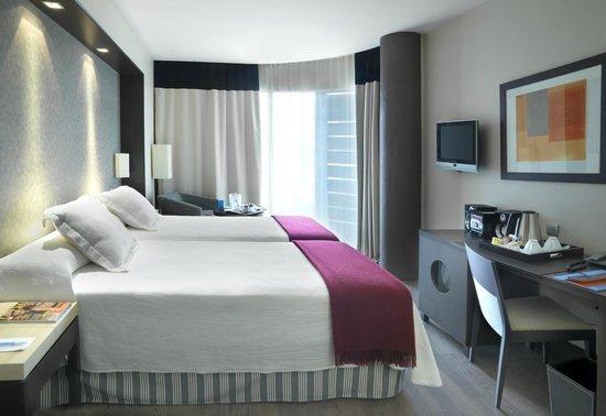 NH Tenerife: Guest Room