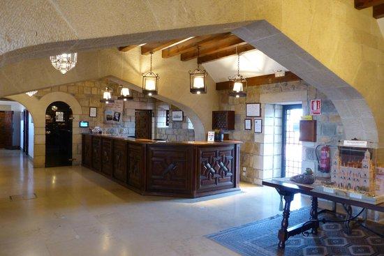 Parador de Jaén: Reception area