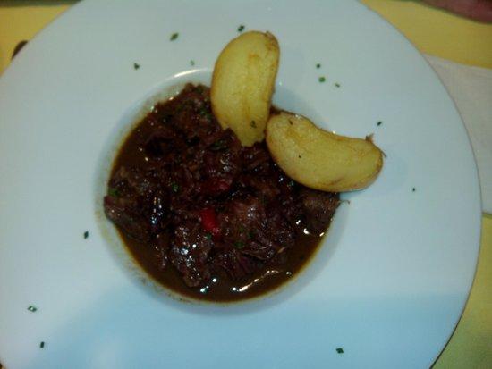 Restaurante La Tragantua: Ternera con pimientos al aroma de miel