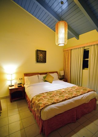 Kura Hulanda Lodge & Beach Club: Luxurious Bed