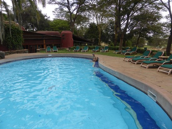 Amboseli Serena Safari Lodge : Pool