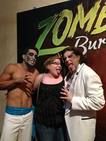 Zombie Burlesque: 2 zombies and myself after the show! Grrrr!