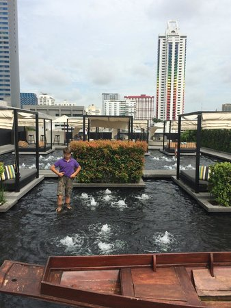 Centara Watergate Pavillion Hotel Bangkok: pool