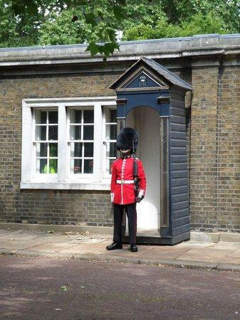 SANDEMANs NEW Europe - London: Quietoooo