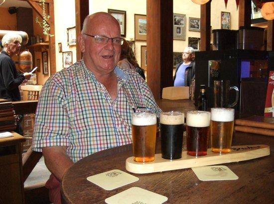 Brauhaus Wernigerode: Bob enjoying his paddle of beers