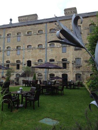 Malmaison Oxford Castle: Внутренний дворик