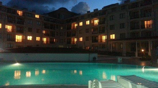 Serenity Bay: pool