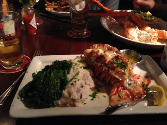 Bar - Picture of Pappadeaux Seafood Kitchen, Houston - TripAdvisor