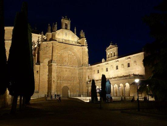NH Salamanca Palacio de Castellanos: San Esteban