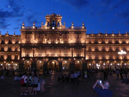 NH Salamanca Palacio de Castellanos: Plaza Mayor