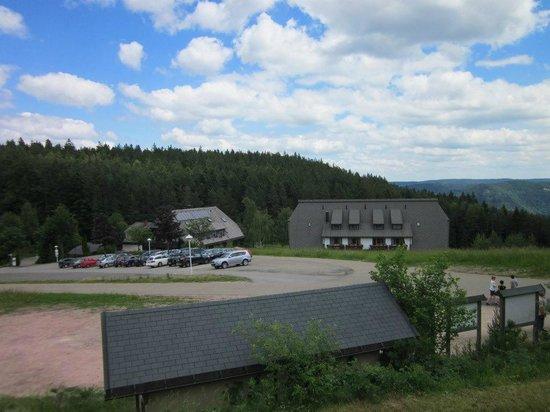Hotel Schoene Aussicht : Hotel mit Parking
