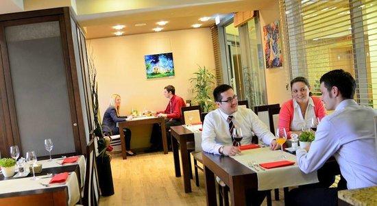 Wellness Hotel Step: Steak restaurant Aroma