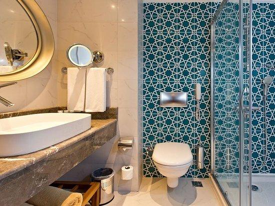 SENTIDO Perissia: STANDARD BATHROOM
