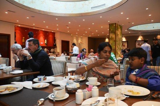Ramada Chelsea Al Barsha : break fast