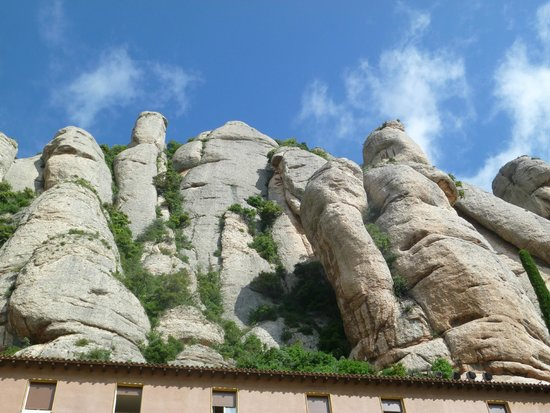 Montserrat Monastery : горы