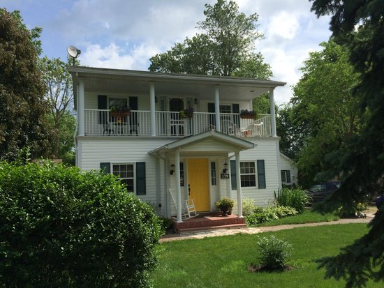 Mary Street Bed and Breakfast: Our Home