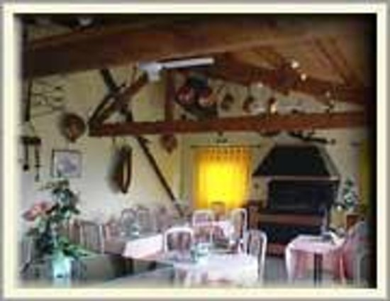 Auberge Champenoise : salle cuivre restaurant