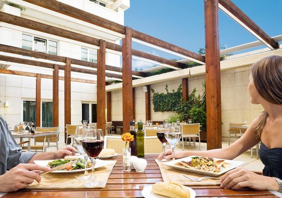 NH Marbella: Restaurant