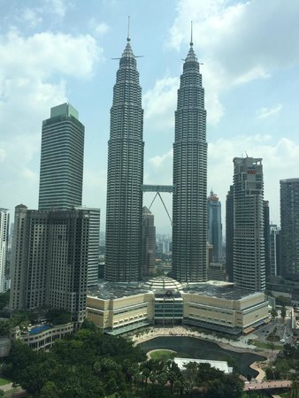 Traders Hotel, Kuala Lumpur : View from room - day