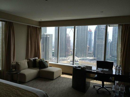 Traders Hotel, Kuala Lumpur : Room