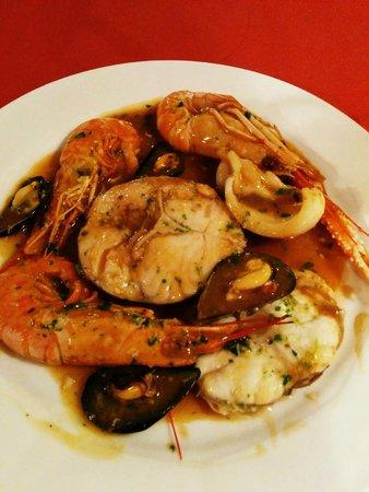 Restaurant Koxkera: seafood plate