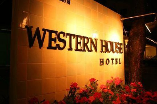 Photo of Western House Hotel Chiang Mai