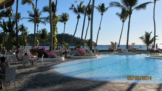 Andilana Beach Resort : la piscina