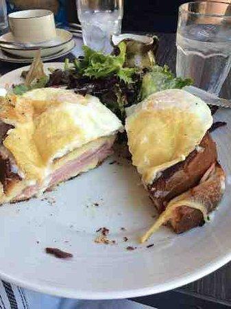 NOPA Kitchen & Bar: Sandwich