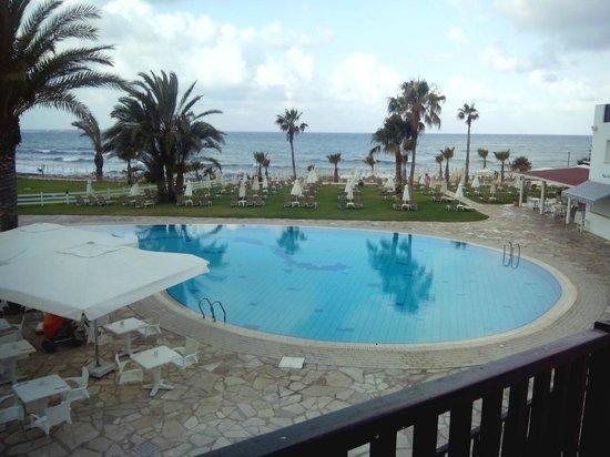 Akti Beach Village Resort: Фото с верхней веранды