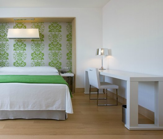 NH Madrid Príncipe de Vergara: Guest Room