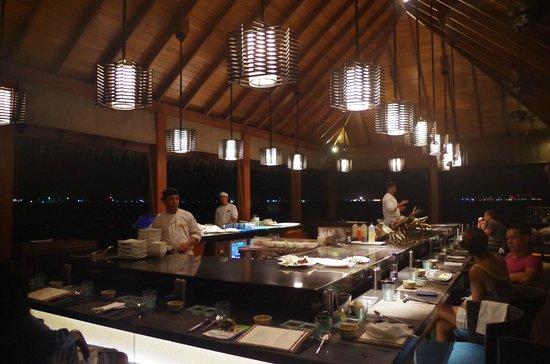 Kurumba Maldives: Japanese restaurant