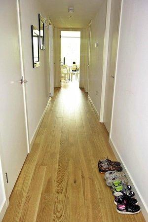 Scotia Grand Residence - Quartermile Apartments: Main corridor