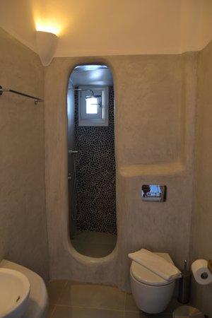 Tania Milos: salle de bain