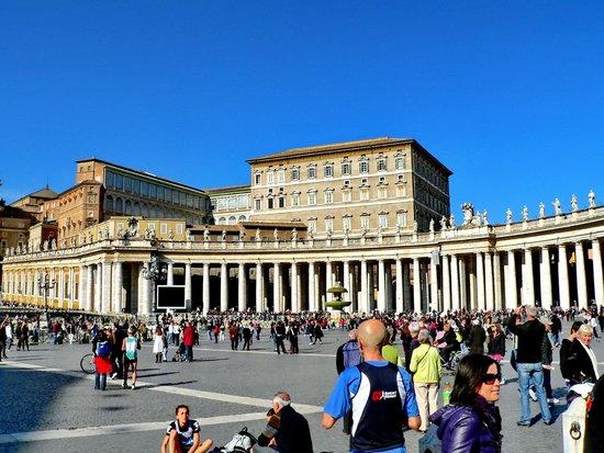 Petersplatz (Piazza San Pietro): Piazza San Pietro