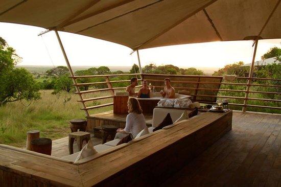 Serengeti Bushtops Camp: Tubing after Safari