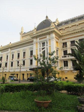 Hanoi Opera House: Side of the Opera House