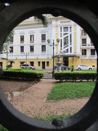 Opera House (Nha Hat Lon): View through the external garden fence