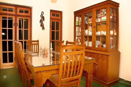 Kandy Guest House: Dining