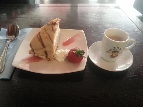 Cravings Rock Cafe : Coffee and a cake £3