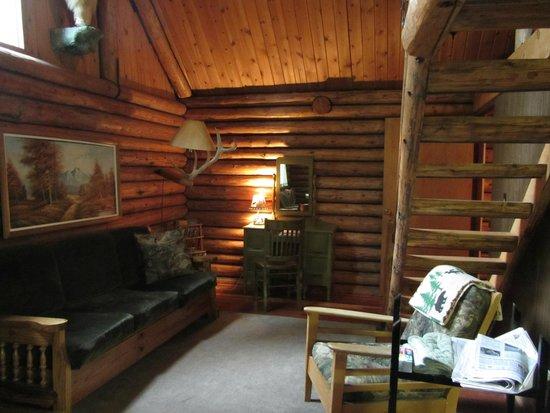 JJJ Wilderness Ranch: Cabin