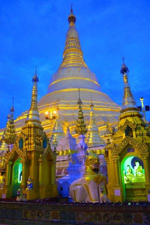 Pagode Shwedagon : Early Morning