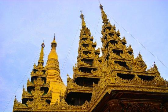Pagode Shwedagon : After sun rise