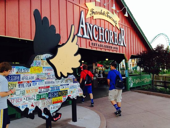Darien Lake Amusment and Water Park Campground : Boys love their wings