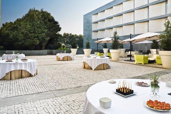 NH Collection Santiago de Compostela: Terrace