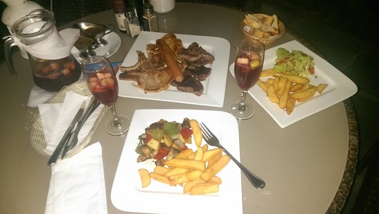 Woodleys Bar : Love the meal... so much