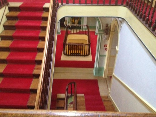 Grande Hotel Do Porto : Stairway