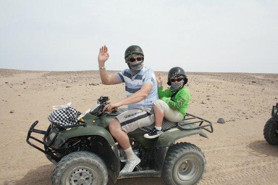 Sahara Desert: квадрациклы