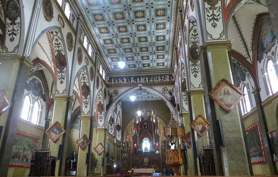 Church of the Virgin of the Holy Water (Nuestra Señora del Agua Santa): Inside the church